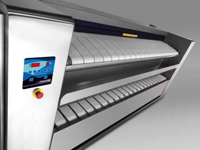 промышленная гладильная машина